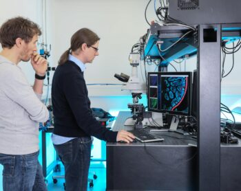 New type of fluorescence microscope
